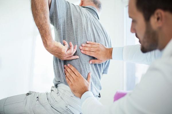 کمردرد و میزان شیوع و روش های درمان