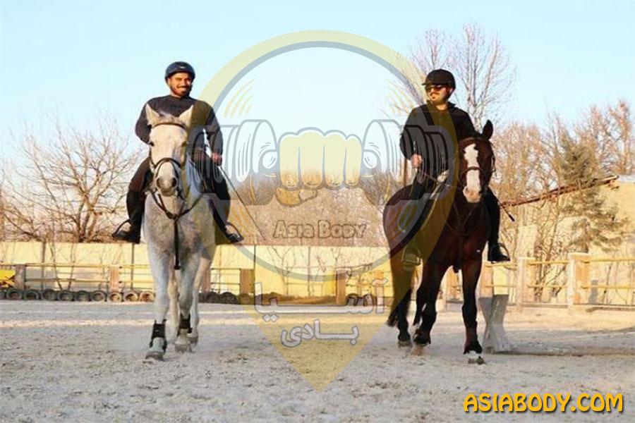 باشگاه سوارکاری اسب سفید2
